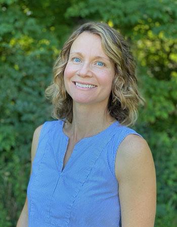Elizabeth Mauntler, PT